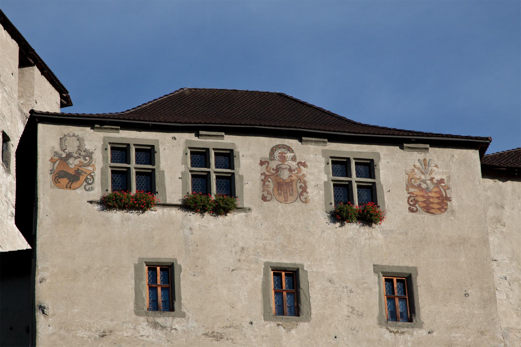 Wappen an der Schattenburg