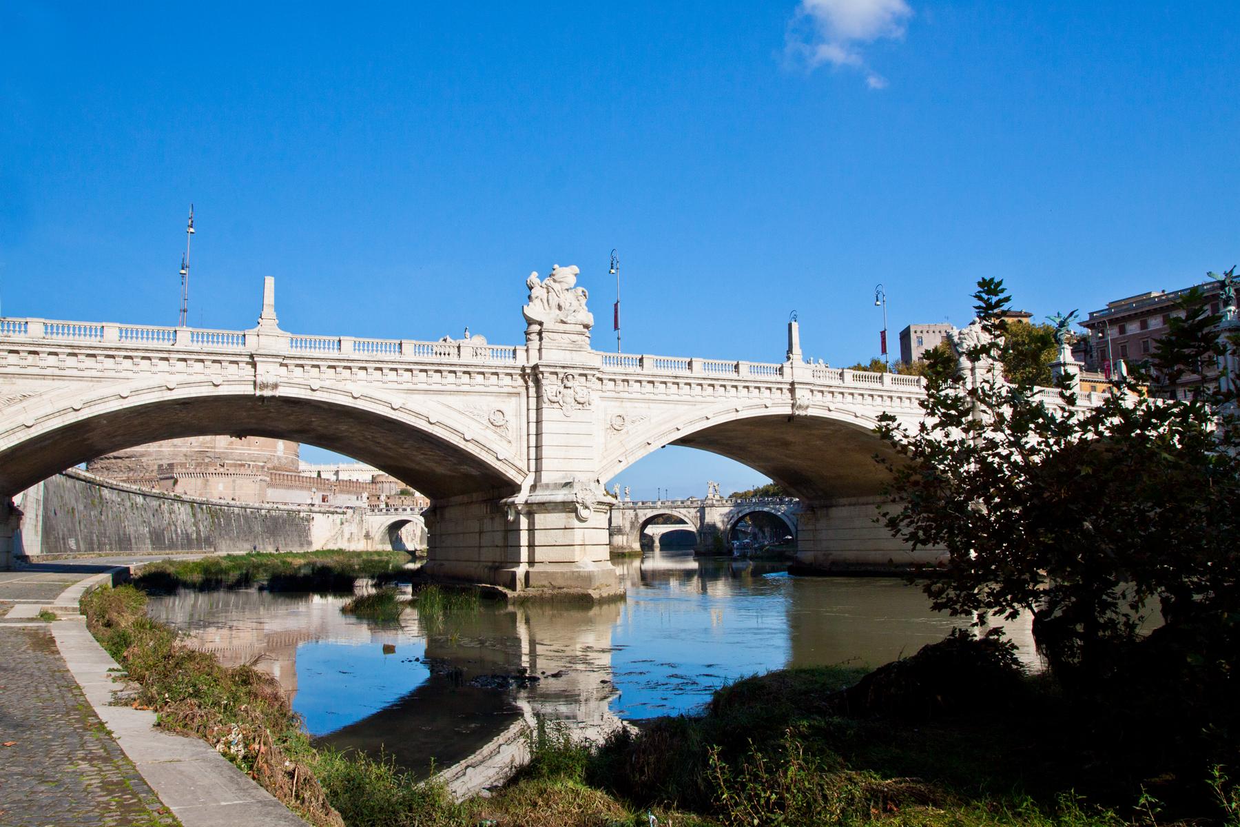 Brücke um Brücke um Brück