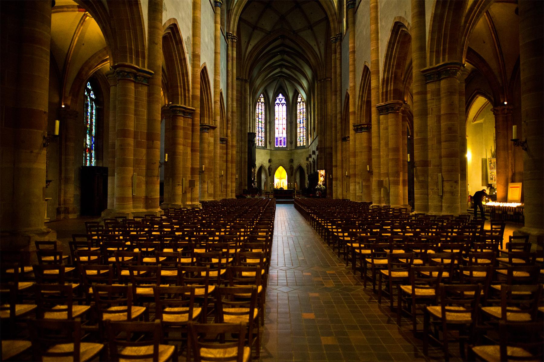 Kirchenschiff St. Martin Colmar
