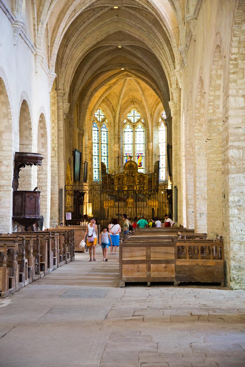Kirchenschiff Saint Pierre