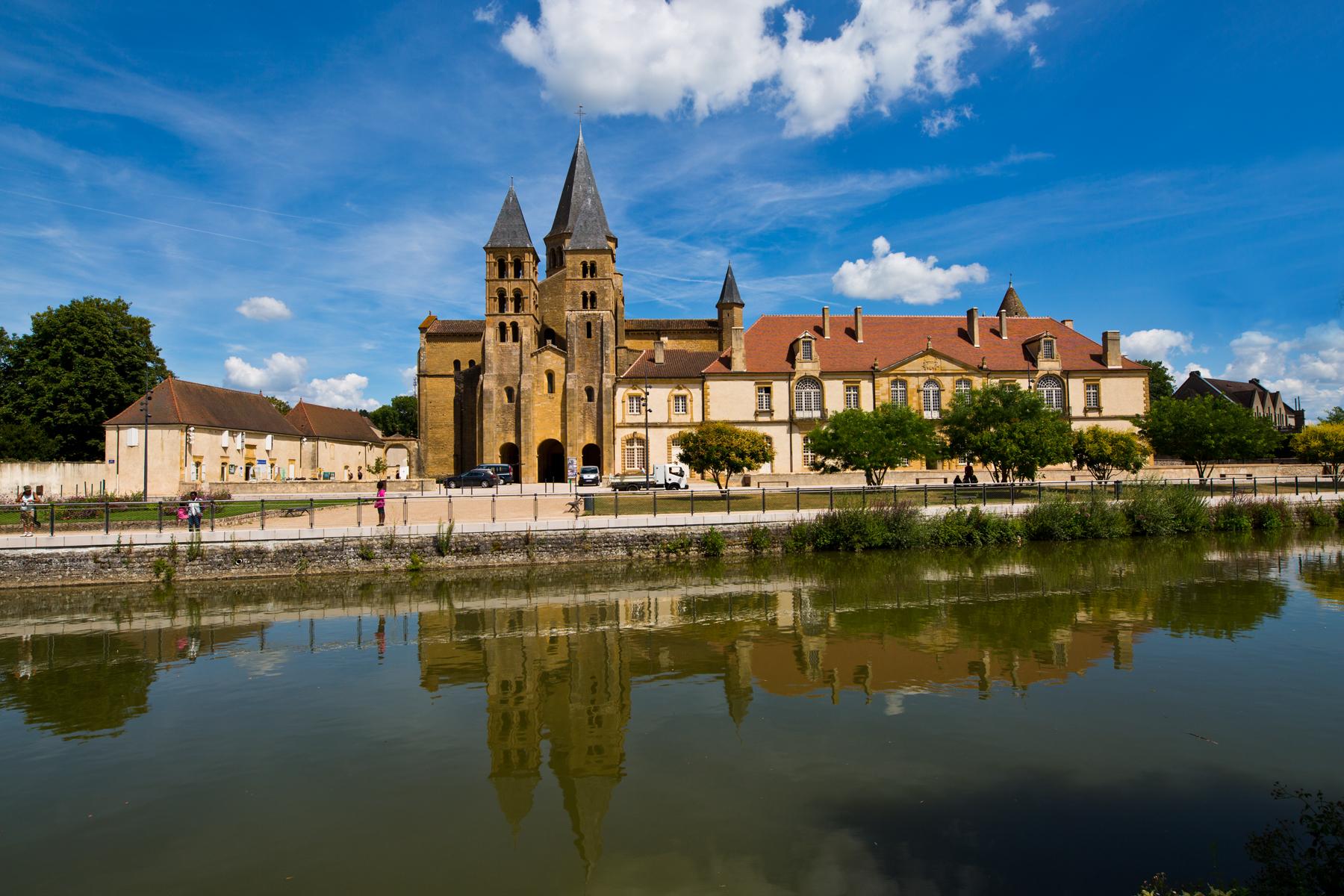Spiegelung der Basilika