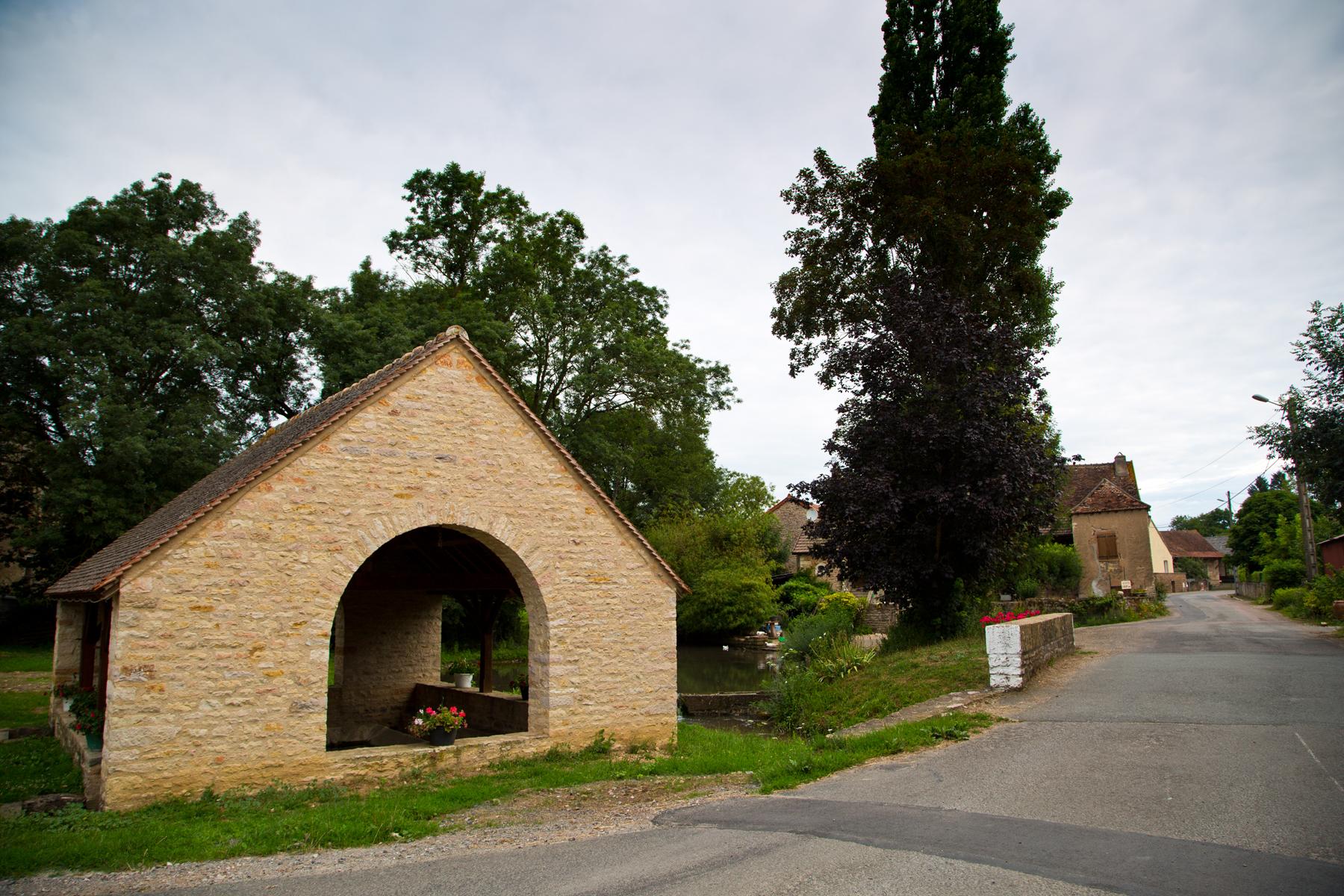 Wäschehaus, Savigny-sur-Grosne