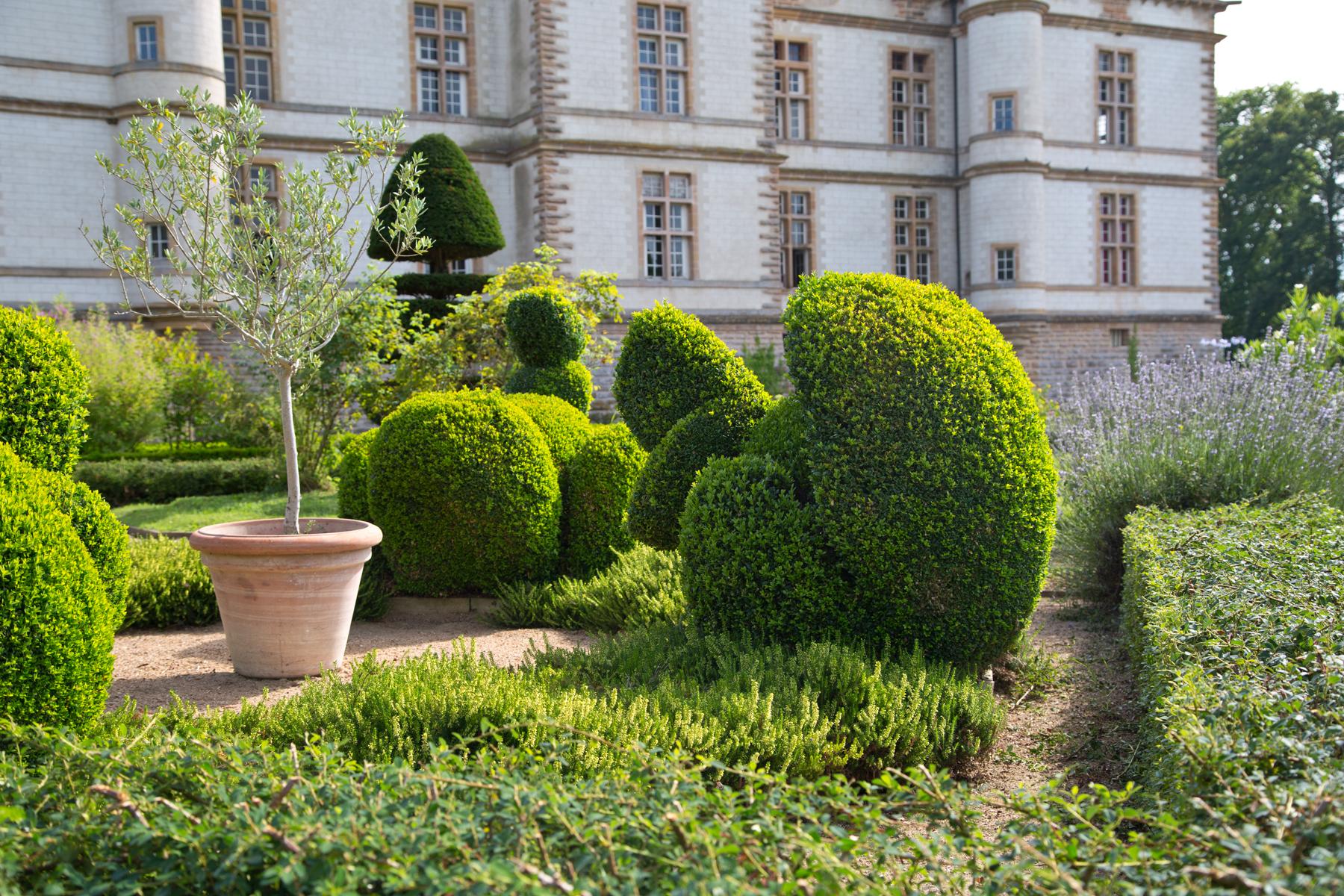Park Schloss Cormatin