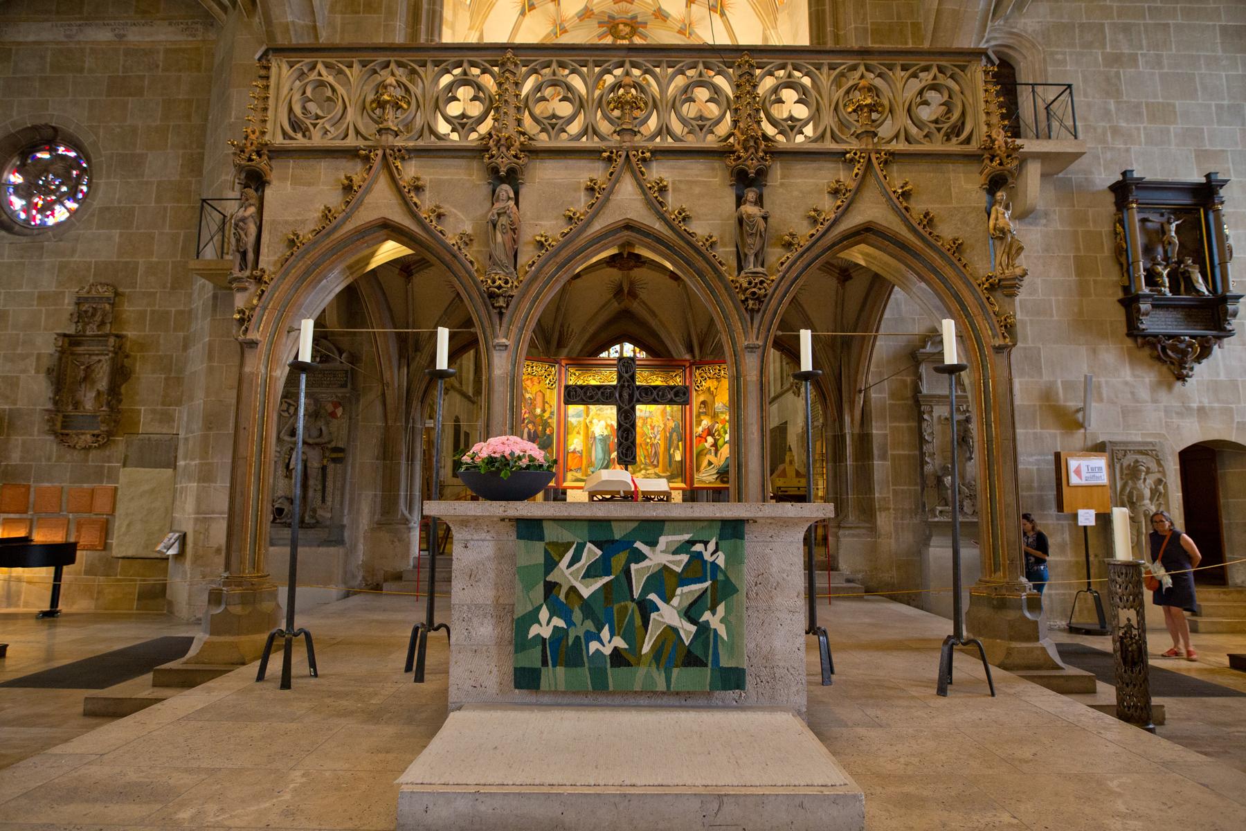 Altar und Lettner