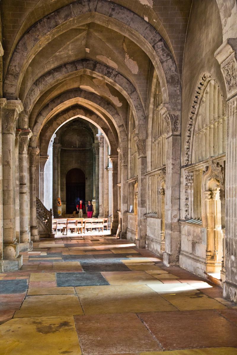Mittelschiff,Altarraum