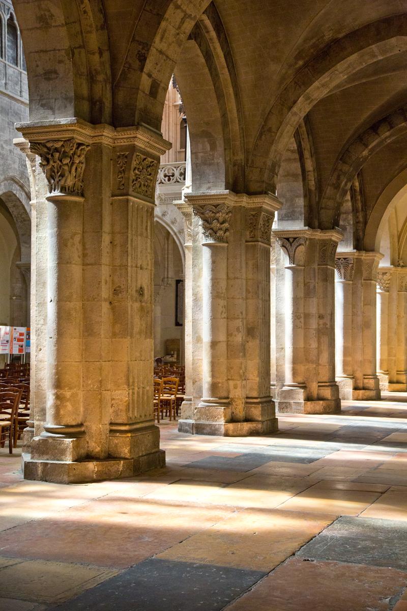 Säulen Mittelschiff - St. Vincent