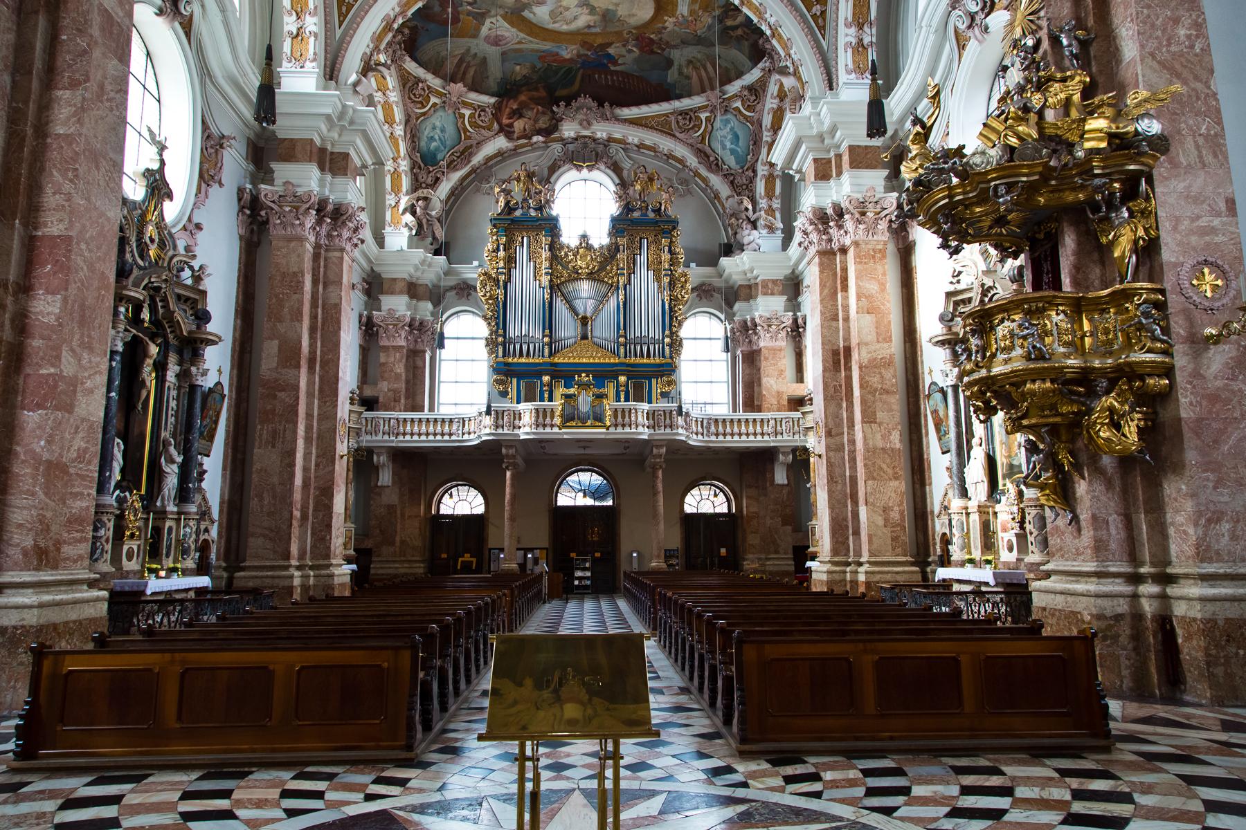 Langhaus mit Empore - Dom St. Jakob, Innsbruck