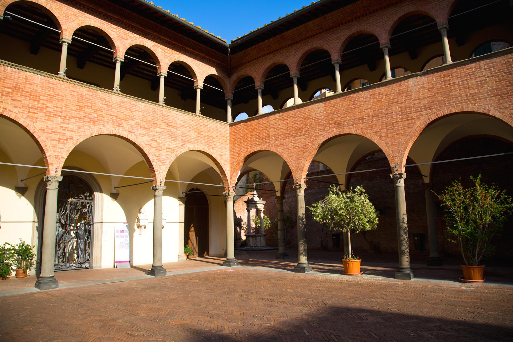 Innenhof Santuario di Santa Caterina