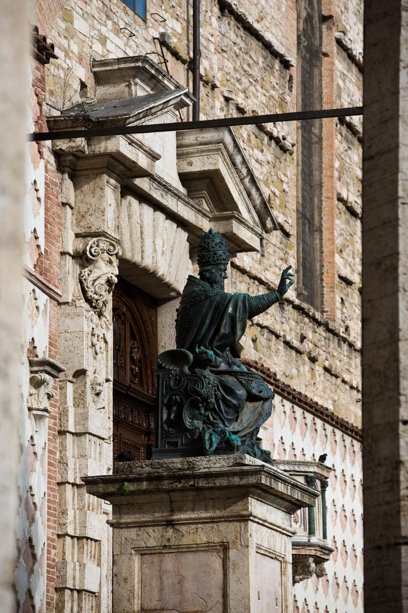Bronzefigur Papst Julius III.