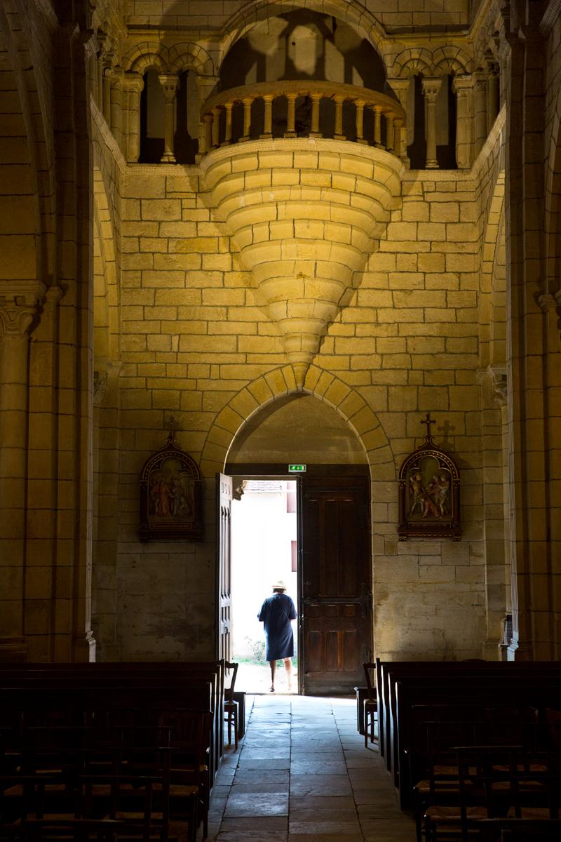 Kirchenschiff mit Empore