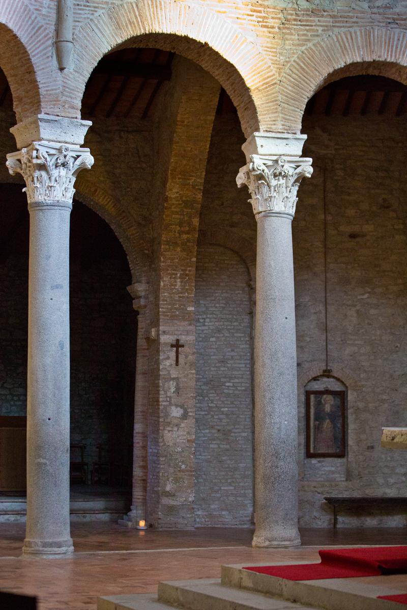 Säulen Inneraum